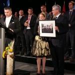 Vente aux enchères caritative par Canada Ukraine foundation avec la présence du premier ministre canadien Stephen Harper