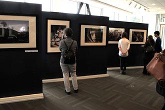 """Exposition """"Les Houtsouls, dans l'ombre des Carpates"""" à Ottawa en mars 2014"""